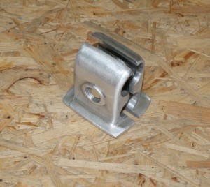 Clamp for bumper, LS 200, right side, polished aluminium