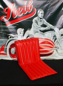 Seat s350 ,foam rubber,, white contour, red
